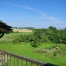 048 Fachwerkhaus, OG rechts, der Blick von der Terrasse