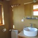 Fewo 6, 6 Gleich zwei moderne Duschbäder in der Wohnung.JPG  Web